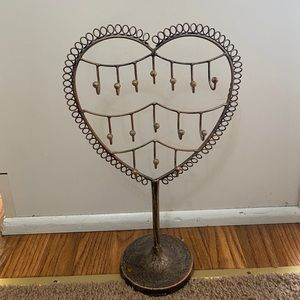 Jewelry Tower Metal Heart Shaped Jewelry Display